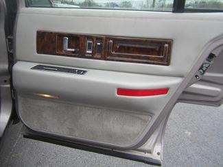 1995 Cadillac Fleetwood Batesville, Mississippi 27