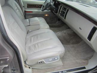 1995 Cadillac Fleetwood Batesville, Mississippi 30