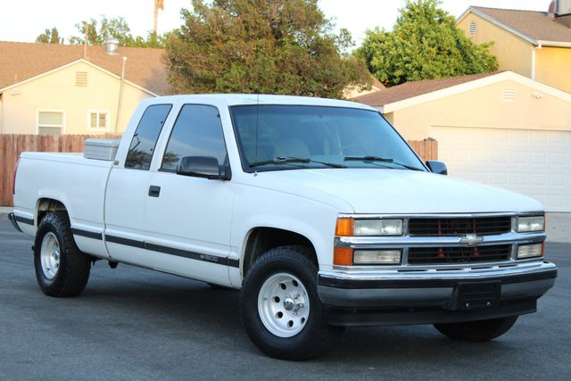 1995 Chevrolet C/K 1500 AUTOMATIC in Van Nuys, CA 91406