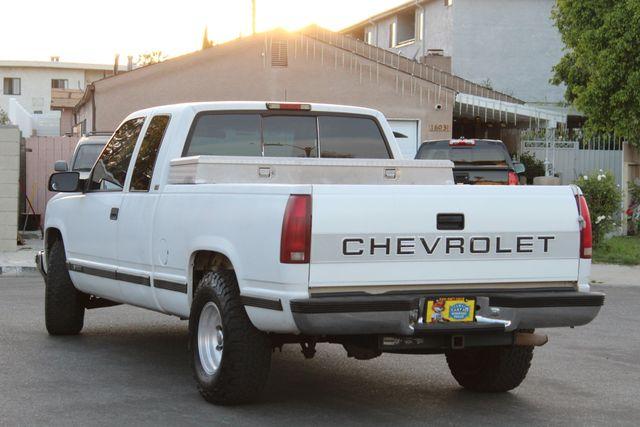 1995 Chevrolet C/K 1500 AUTOMATIC in Van Nuys, CA 91406