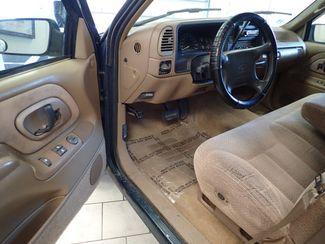 1995 Chevrolet C/K 1500 C1500 Silverado Lincoln, Nebraska 2
