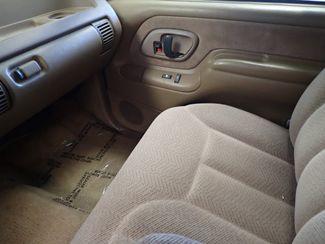 1995 Chevrolet C/K 1500 C1500 Silverado Lincoln, Nebraska 5