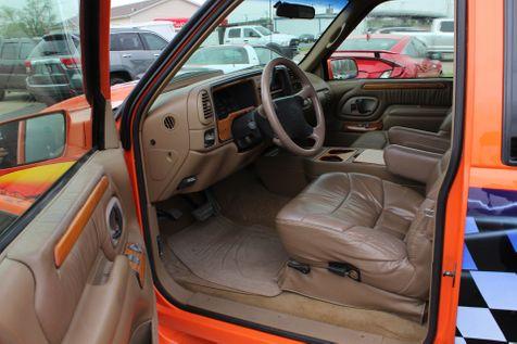 1995 Chevrolet C/K 1500 Tuscany Custom Show Truck | Granite City, Illinois | MasterCars Company Inc. in Granite City, Illinois