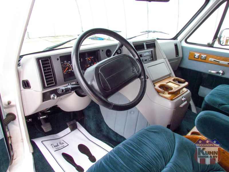 1995 Chevrolet G20 Riverside Conversion   in Sherwood, Ohio