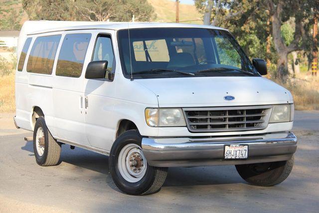 1995 Ford Club Wagon XL Santa Clarita, CA 3