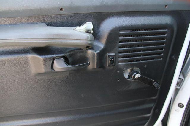 1995 Ford Club Wagon XL Santa Clarita, CA 23