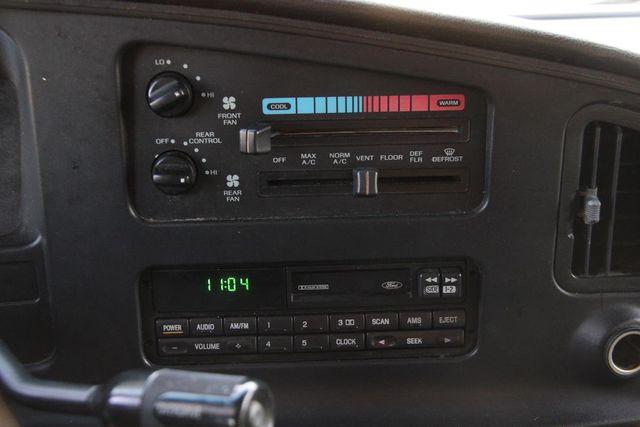 1995 Ford Club Wagon XL Santa Clarita, CA 22