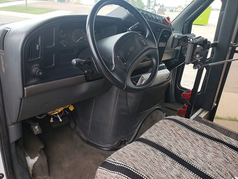 1995 Ford Econoline RV Cutaway E350 Van  city MT  Bleskin Motor Company   in Great Falls, MT
