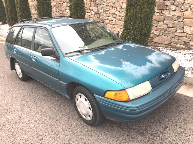 1995 Ford-One Owner!! 116k!! Escort-$1599 BUY HERE PAY HERE LX-CARMARTSOUTH.COM
