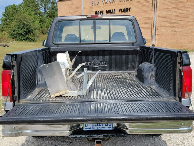 1995 Ford F-150 XLT in Hope Mills, NC 28348