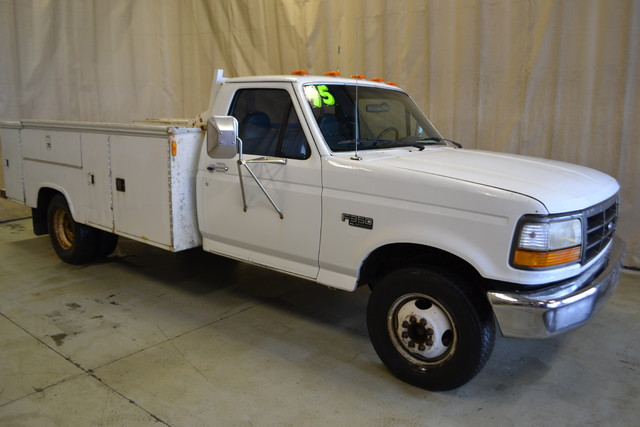 1995 Ford F-350 Chassis Cab Manual