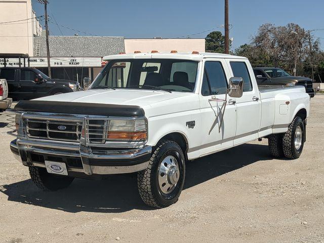 1995 Ford F-350 Crew Cab in Pleasanton, TX 78064