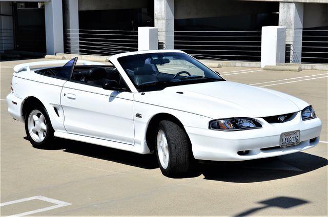1995 Ford Mustang GT Reseda, CA 17