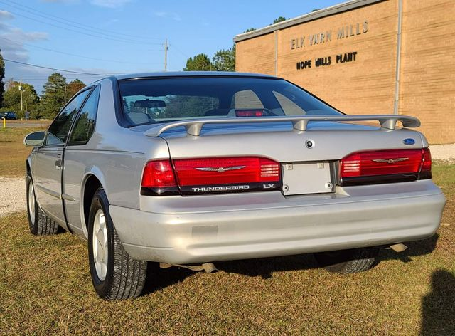 1995 Ford Thunderbird LX in Hope Mills, NC 28348
