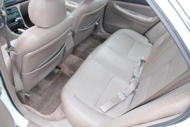 1995 Honda Accord Sdn EX w/Leather Santa Clarita, CA 14