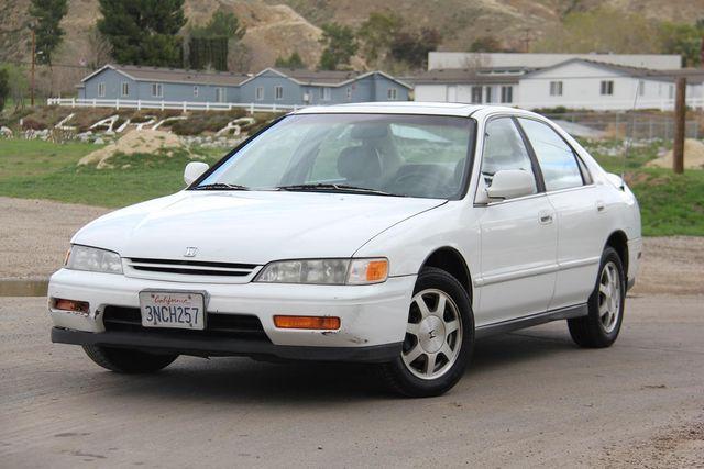 1995 Honda Accord Sdn EX w/Leather Santa Clarita, CA 4