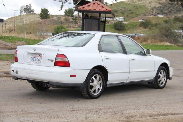 1995 Honda Accord Sdn EX w/Leather Santa Clarita, CA 6