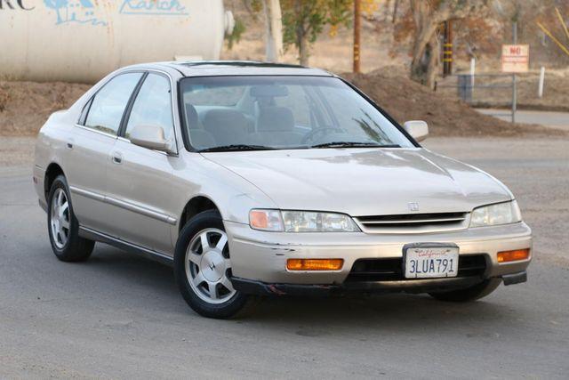 1995 Honda Accord Sdn EX Santa Clarita, CA 3