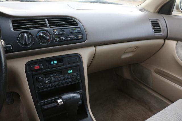 1995 Honda Accord Sdn EX Santa Clarita, CA 17