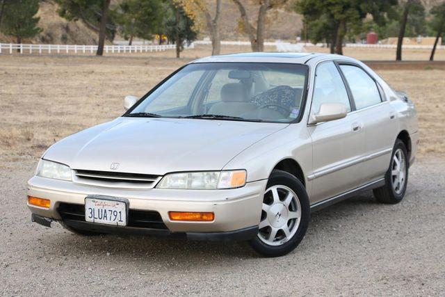 1995 Honda Accord Sdn EX Santa Clarita, CA 4