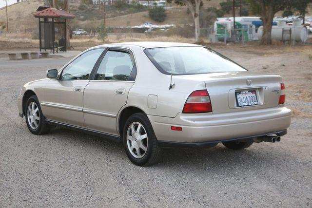 1995 Honda Accord Sdn EX Santa Clarita, CA 5