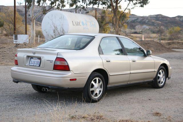 1995 Honda Accord Sdn EX Santa Clarita, CA 6