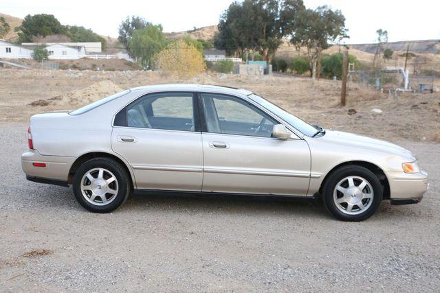 1995 Honda Accord Sdn EX Santa Clarita, CA 12
