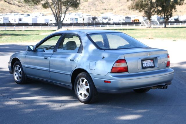 1995 Honda Accord Sdn EX w/Leather Santa Clarita, CA 5