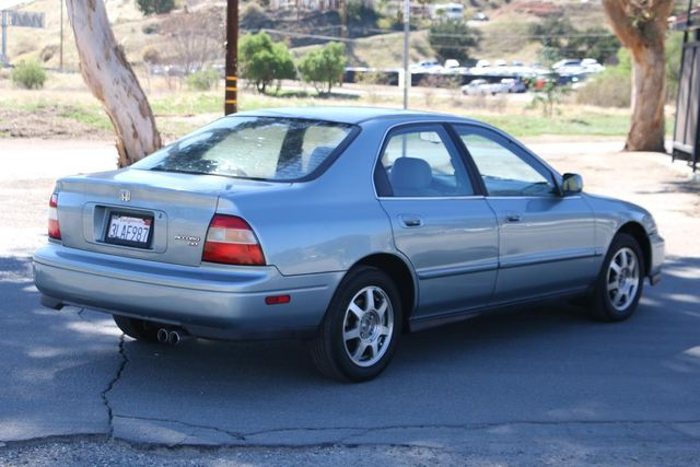 1995 Honda Accord Sdn EX w/Leather Santa Clarita, CA 6