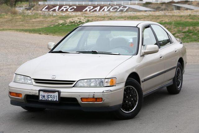1995 Honda Accord Sdn LX Santa Clarita, CA 4