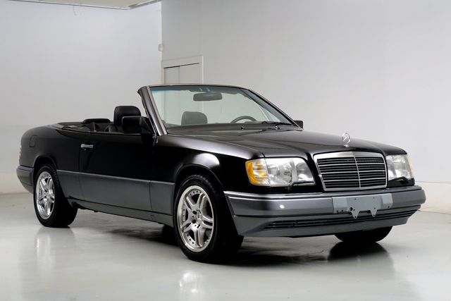 1995 Mercedes-Benz E Class E320 Cabriolet Low Miles New Top Clean Carfax