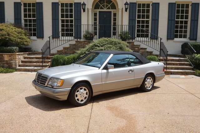 1995 Mercedes-Benz E Class in Marietta, Georgia 30067