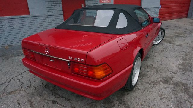 1995 Mercedes-Benz SL Class 5.0L Valley Park, Missouri 9