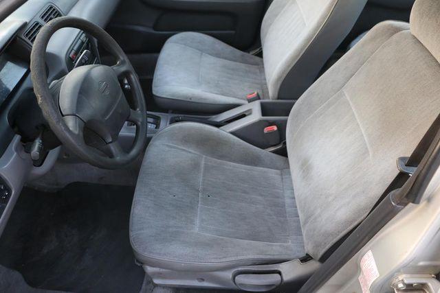 1995 Nissan Sentra GXE Santa Clarita, CA 11