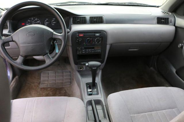 1995 Nissan Sentra XE Santa Clarita, CA 7