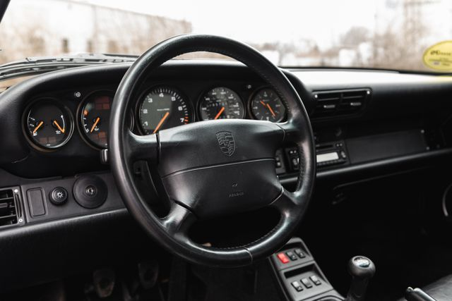 1995 Porsche 911 Carrera 993 C2 Chesterfield, Missouri 28