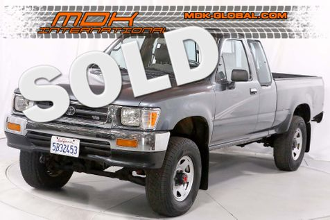1995 Toyota 4WD Pickups DX - 4WD - Auto - New timing belt + water pump in Los Angeles