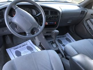 1995 Toyota Camry LE Knoxville, Tennessee 9