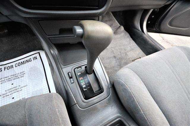 1995 Toyota Camry XLE Reseda, CA 32