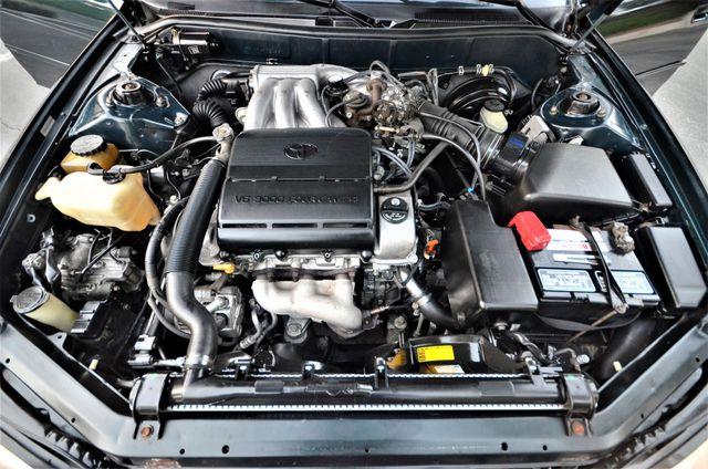 1995 Toyota Camry XLE Reseda, CA 34