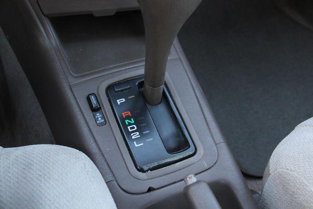 1995 Toyota Camry LE Santa Clarita, CA 20