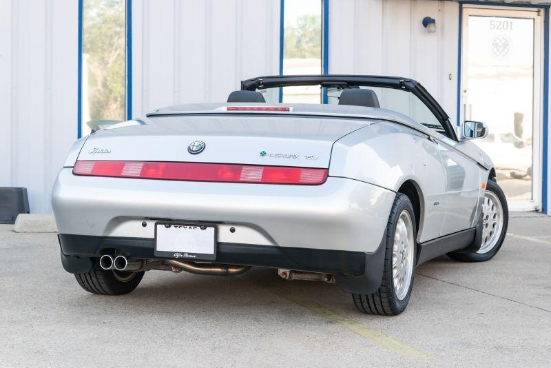 1996 Alfa Romeo Spider  2.0 Twin Spark in Rowlett, Texas