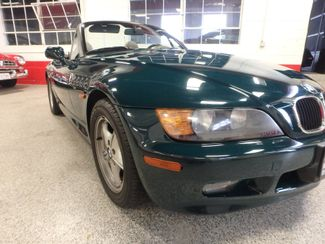1996 Bmw Z3 5-Speed CONVERTIBLE. PERFECTLY SHARP & SOLID! Saint Louis Park, MN 14