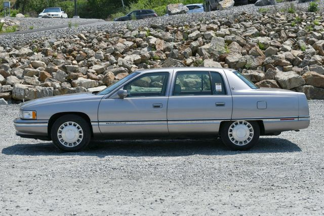 1996 Cadillac Deville Naugatuck, Connecticut 3