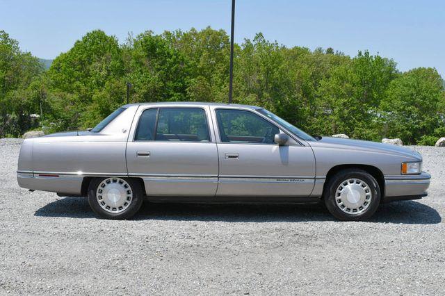1996 Cadillac Deville Naugatuck, Connecticut 7