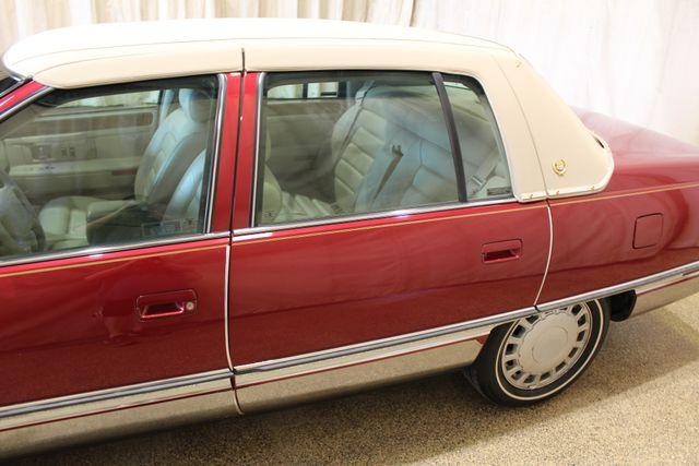 1996 Cadillac Deville in Roscoe IL, 61073
