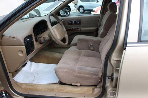 1996 Chevrolet Caprice Classic 1SA Trim Package | Granite City, Illinois | MasterCars Company Inc. in Granite City, Illinois