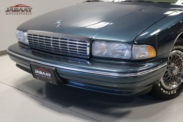 1996 Chevrolet Caprice Classic 1SA Special Value Pkg Merrillville, Indiana 25