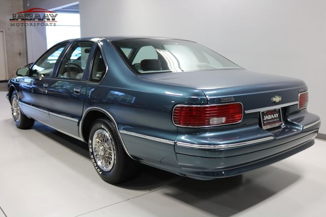 1996 Chevrolet Caprice Classic 1SA Special Value Pkg Merrillville, Indiana 2