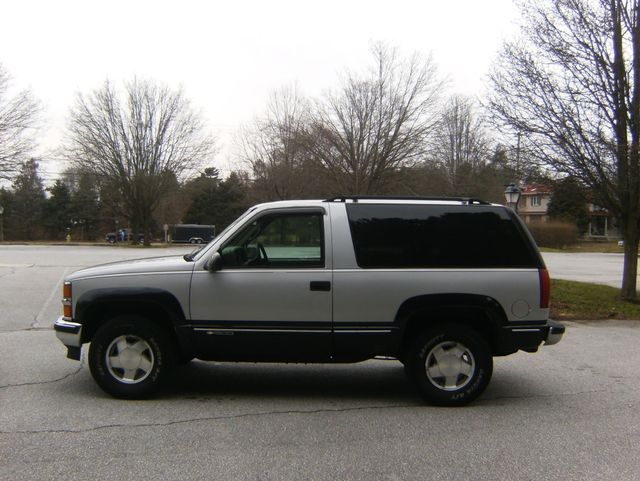 1996 Chevrolet Tahoe 4WD in West Chester, PA 19382
